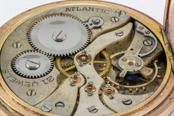 pocketwatch-750x500
